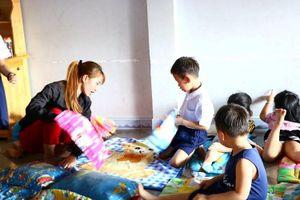 Vụ bé trai bị bỏ quên ở trường học: Đình chỉ hoạt động một cơ sở giáo dục