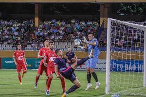 Mục kích Sài Gòn FC thoát hiểm trên sân Hàng Đẫy