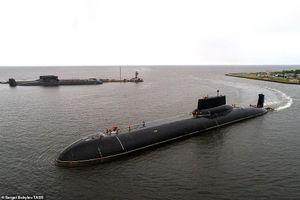 Khám phá bên trong tàu ngầm hạt nhân lớn nhất thế giới của Nga