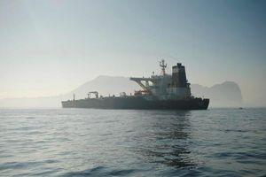 Siêu tàu chở dầu Iran vừa được thả đã bị Mỹ ra lệnh bắt giữ