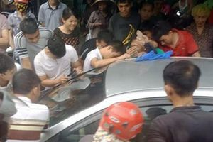 Quảng Ninh: Bố bỏ quên con trên xe ô tô