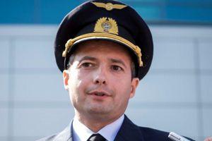 Phi công Nga hạ cánh A321 hiểm hóc hơn cả 'phép màu sông Hudson'