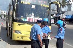 Phó thanh tra GTVT An Giang bị kỷ luật vì xin bỏ qua cho xe vi phạm