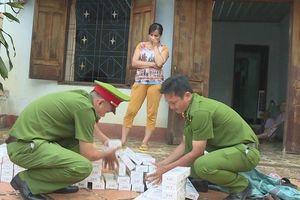 Đắk Lắk: Phát hiện ba phụ nữ buôn lậu hơn 4.000 gói thuốc lá