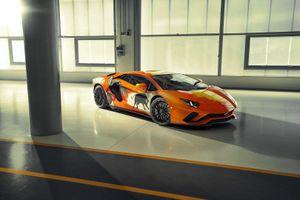 Lamborghini Aventador S trở thành tác phẩm nghệ thuật từ tay họa sĩ mới 19 tuổi