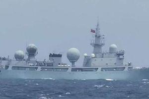 Tàu chiến Trung Quốc 'chọc tức' các tướng quân đội Philippines?