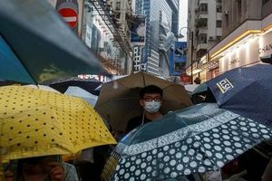 Biểu tình ở Hong Kong: Tổng thống Trump cảnh báo Trung Quốc
