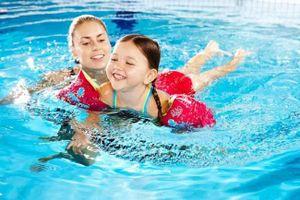 Lợi ích của bơi lội đến sức khỏe não bộ