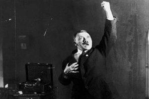 Góc khuất kinh ngạc về con người trùm phát xít Hitler