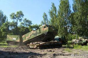 Ngạc nhiên chưa: Trung Quốc sao chép xe tải 'cực độc' của Quân đội Nga