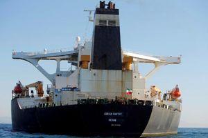 Siêu tàu chở dầu Iran khởi hành bất chấp lệnh bắt giữ của Mỹ