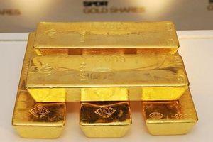 USD mạnh lên, chứng khoán phục hồi, giá vàng rời đỉnh 6 năm