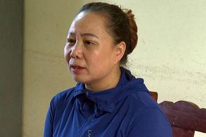 Nữ quái' có 4 tiền án bị bắt vì tổ chức sới bạc di động trên sông Đà