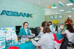 Nhiều ngân hàng tăng mạnh lãi suất tiền gửi