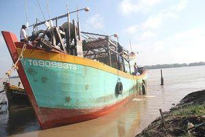 Nhóm thuyền viên cứu 22 ngư dân Philippines được khen thưởng
