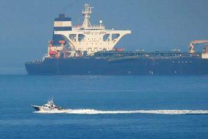 Bất chấp cảnh báo của Mỹ, tàu chở dầu của Iran vẫn thẳng tiến Hy Lạp