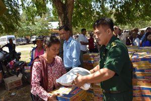 Phối hợp tổ chức các hoạt động tình nguyện tại Campuchia