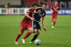 HLV Lippi gọi tiền đạo gốc Brazil vào tuyển Trung Quốc