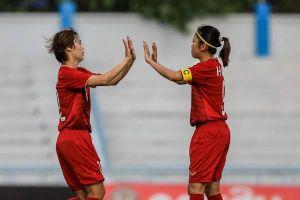 Toàn thắng 3 trận, ghi 21 bàn không thủng lưới, Việt Nam đứng đầu bảng B vào bán kết