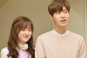 Nhớ lại váy cưới năm xưa của Goo Hye Sun, fan thấy hời hợt như chính cái kết chuyện tình của cô
