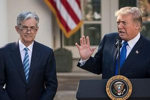 'Nhà giàu' cũng 'thấm mệt' vì chiến tranh thương mại