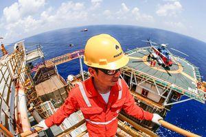 Đưa tàu HD8 quay lại, Trung Quốc âm mưu gì ở Biển Đông?