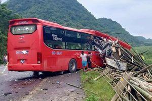 Xe khách đâm đuôi xe tải, 2 người chết