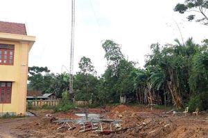 Quảng Bình: Tháo cột ăng-ten phát thanh, hai nhân viên tử vong