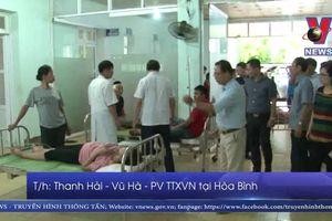 Thăm hỏi nạn nhân vụ TNGT ở huyện Lạc Sơn, Hòa Bình