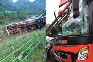 Xe khách tông đuôi xe tải đang đỗ ven đường, 9 người thương vong ở Hòa Bình