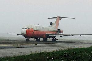 Lúng túng xử lý máy bay Boeing bị bỏ rơi ở sân bay Nội Bài
