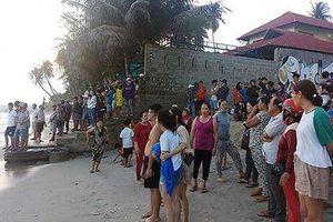 4 sinh viên mất tích trên biển Bình Thuận