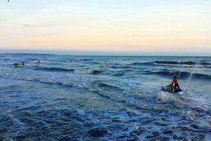 4 sinh viên TP.HCM bị sóng cuốn mất tích khi tắm biển ở Bình Thuận