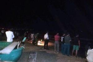 Bình Thuận: Tìm thấy thi thể 2 nam sinh mất tích khi tắm biển, nỗ lực tìm kiếm 2 người còn lại