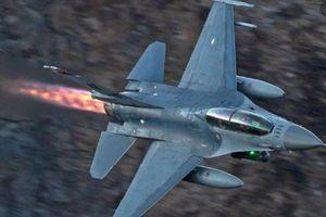 Chiến đấu cơ Nga-Thổ Nhĩ Kỳ suýt chiến nhau trên không phận Syria