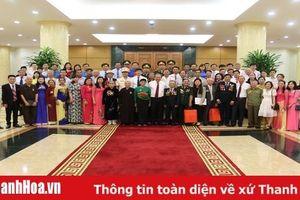 Phó Thủ tướng Thường trực Chính phủ Trương Hòa Bình gặp mặt công dân tiêu biểu tỉnh Thanh Hóa trong học tập, làm theo tư tưởng, đạo đức, phong cách Hồ Chí Minh