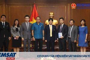 Phó Viện trưởng VKSNDTC Nguyễn Văn Quảng tiếp Đoàn Cơ quan Tổng Chưởng lý Thái Lan