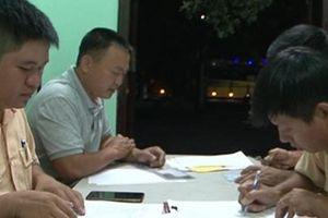 Phạt hành chính, tạm giữ bằng lái tài xế xe khách vượt sai quy định trong hầm Hải Vân