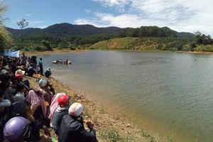Thi thể bé gái dưới hồ nước ở Đắk Lắk với nhiều vết thương