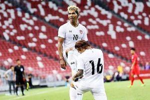 Tuyển Myanmar 'làm nền' cho cầu thủ nhập tịch TQ thể hiện