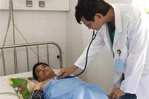 Bệnh viện ĐK Cần Thơ cứu sống bệnh nhân Singapore nhồi máu cơ tim cấp