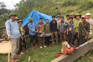 Đóng vai tìm trâu lạc, bắt 8 lâm tặc có súng tự chế và ma túy ở Nghệ An