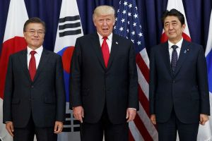 Tổng thống Trump nhái giọng của lãnh đạo Nhật-Hàn, cộng đồng cử tri gốc Á phẫn nộ