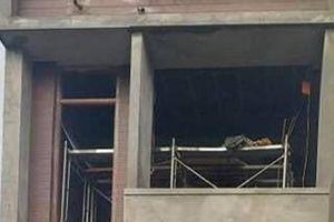 Điện giật, 2 thợ làm trần thạch cao tử vong ở Bắc Ninh