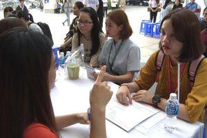 Hơn 600 sinh viên Luật tham gia ngày hội hướng nghiệp