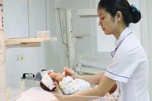 Cứu sống trẻ sơ sinh ngừng tim