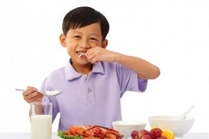 Bác sĩ dinh dưỡng chia sẻ bí kíp giúp tăng chiều cao cho con