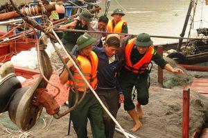 Luôn sẵn sàng ứng cứu ngư dân khi có sự cố trên biển