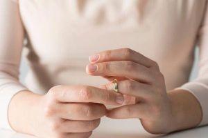 Vợ nằng nặc đòi ly dị vì chồng quá yêu chiều