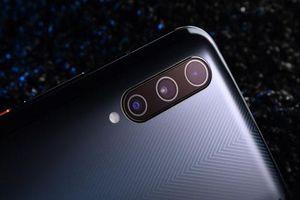 Smartphone cấu hình siêu 'khủng', pin 4.500 mAh, 3 camera sau, giá hơn 10 triệu